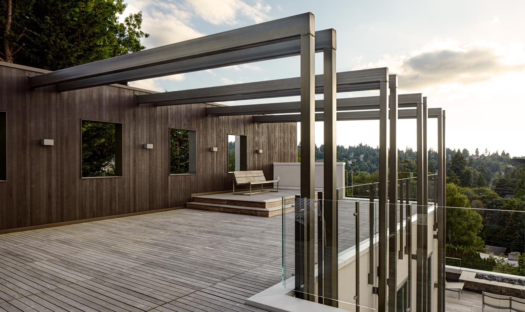 Mercer Island Residence designed by Stuart Silk