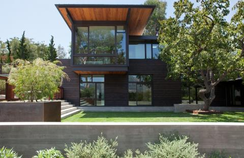 Like Oak Residence designed by Tom Kundig